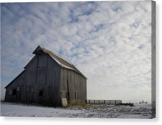 Canvas Print featuring the photograph Heavens Barn Dusting by Dylan Punke