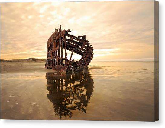 High And Dry, The Peter Iredale Canvas Print