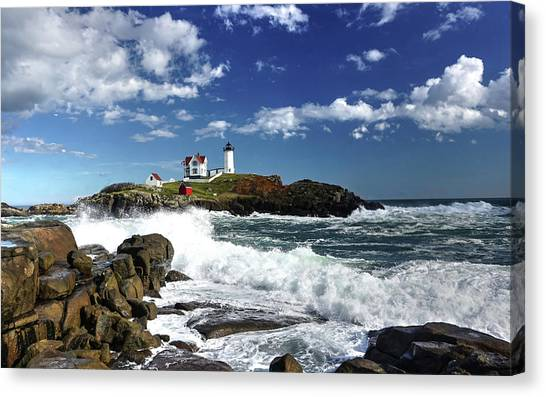 High Surf At Nubble Light Canvas Print