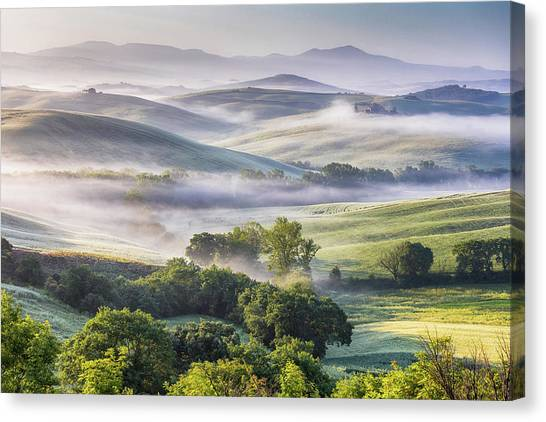 Hilly Tuscany Valley At Morning Canvas Print