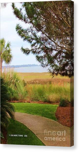 Canvas Print - Hilton Hideaway by Lisa Marie Towne