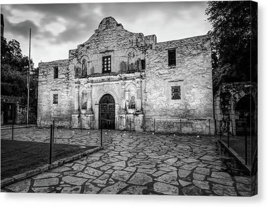 Historic Alamo Mission - San Antonio Texas - Black And White Canvas Print by Gregory Ballos