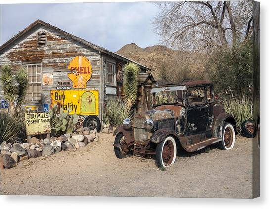 Historic Route 66 - Old Car And Shed Canvas Print