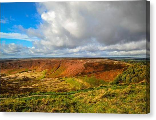 Hole Of Horcum, North York Mores, Yorkshire, United Kingdom Canvas Print
