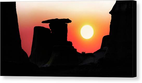 Hoodoo Sunrise Canvas Print