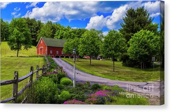 Horse Farm In New Hampshire Canvas Print