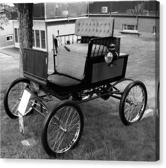 Horseless Carriage-bw Canvas Print