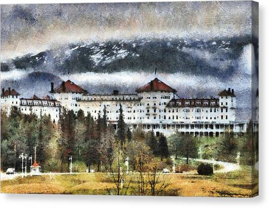Hotel At Mount Washington Canvas Print