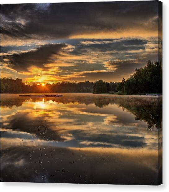 Hoyt Lake Sunrise - Square Canvas Print