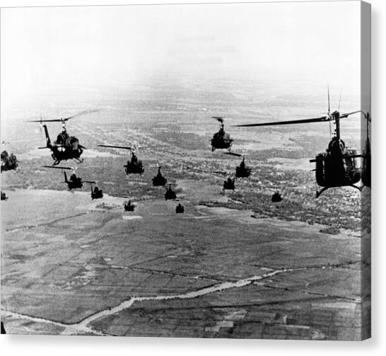 Vietnam War Canvas Print - Hueys Into Combat by Underwood Archives