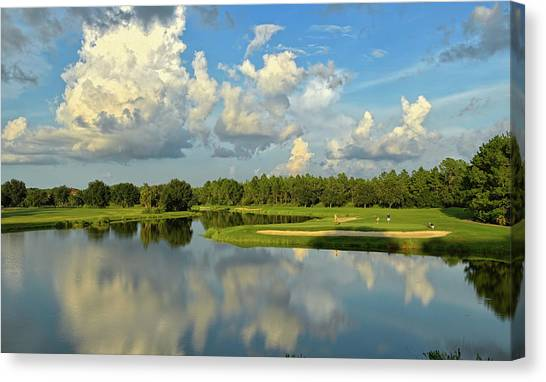 Hunter's Green Hole 18 Canvas Print