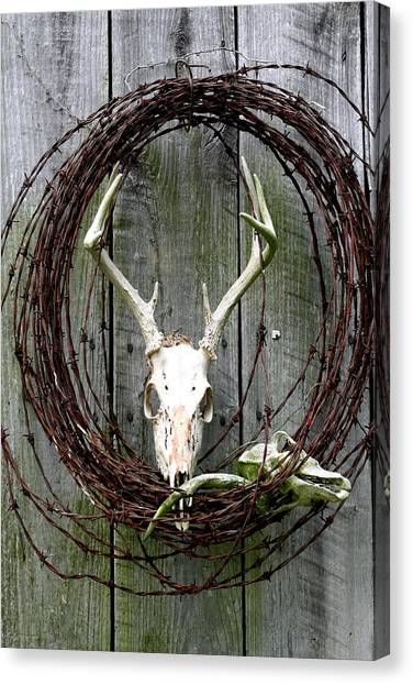 Hunters Wreath Variation Canvas Print