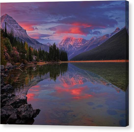 Icefields Parkway Autumn Morning Canvas Print