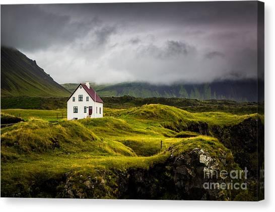 Iceland Scene Canvas Print