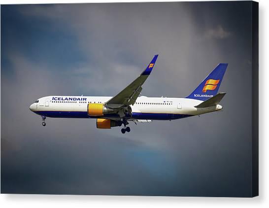 Boeing Canvas Print - Icelandair Boeing 767-319 Er by Smart Aviation