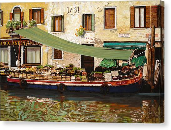 Farmers Canvas Print - il mercato galleggiante a Venezia by Guido Borelli