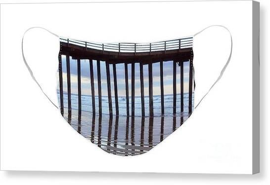 Illusion Of Ocean Movement Canvas Print