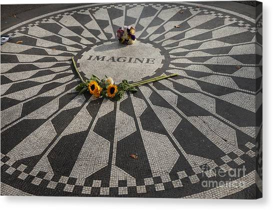 'imagine' John Lennon Canvas Print