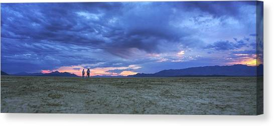 Impromptu Meeting In The Desert Canvas Print