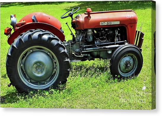 Imt 539 Tractor Canvas Print