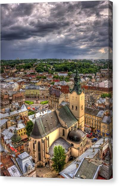 Church Canvas Print - In The Heart Of The City by Evelina Kremsdorf