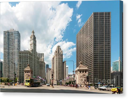 In The Middle Of Wacker And Michigan Canvas Print