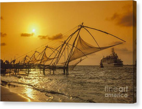 Canvas Print featuring the photograph India Cochin by Juergen Held
