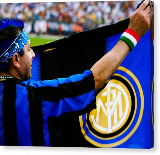 Ac Milan Canvas Print - Inter Vs Ac Milan by Andrew Kubica