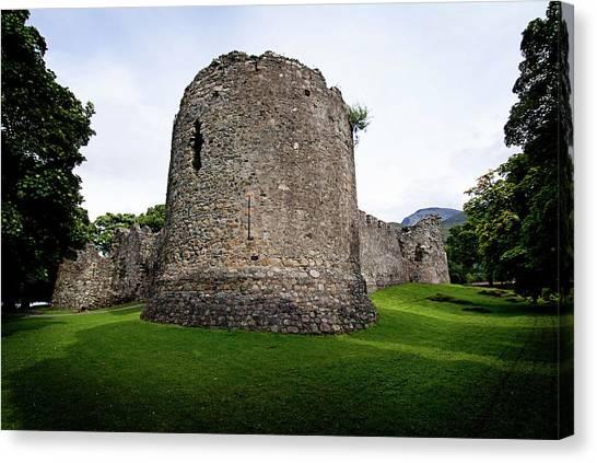 Inverlochy Castle Canvas Print