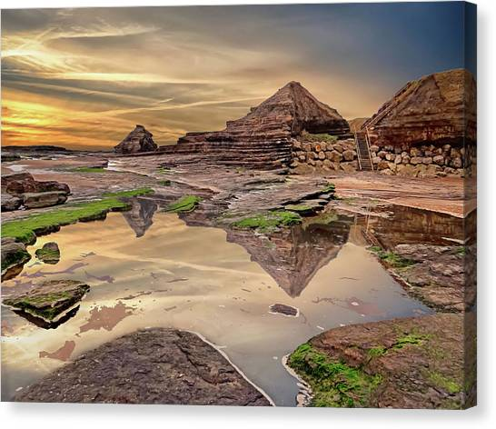 Irish Pyramids In Bundoran Canvas Print