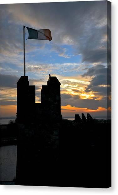 Irish Sunset Over Ramparts 1 Canvas Print