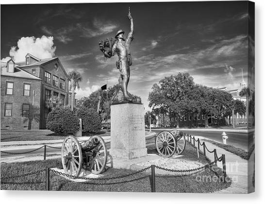 Iron Mke Statue - Parris Island Canvas Print