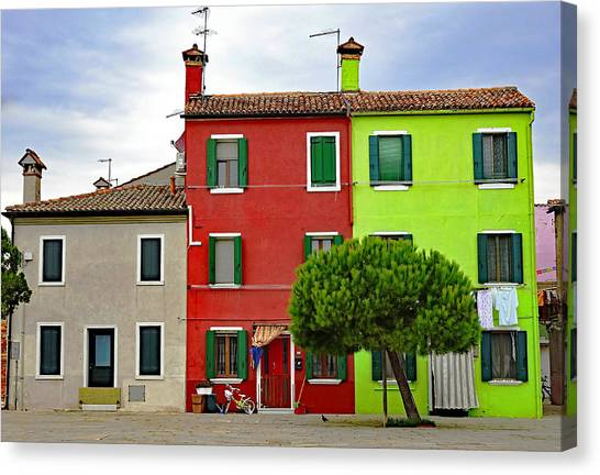 Island Of Burano Tranquility Canvas Print