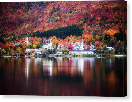 Island Pond Vermont Canvas Print