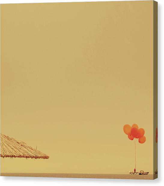 Minimal Canvas Print - Isola by Caterina Theoharidou