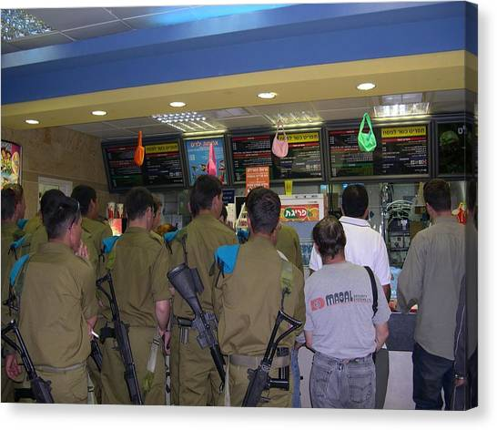 Israeli Soldiers Stop At A Kosher Mcdonald's Canvas Print by Susan Heller