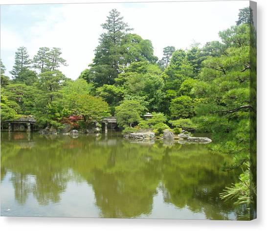 Japanese Garden Ix Canvas Print by Wendy Uvino