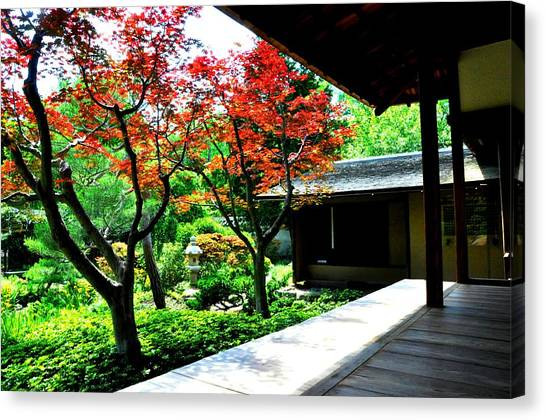 Japanese House Canvas Print by Andrew Dinh