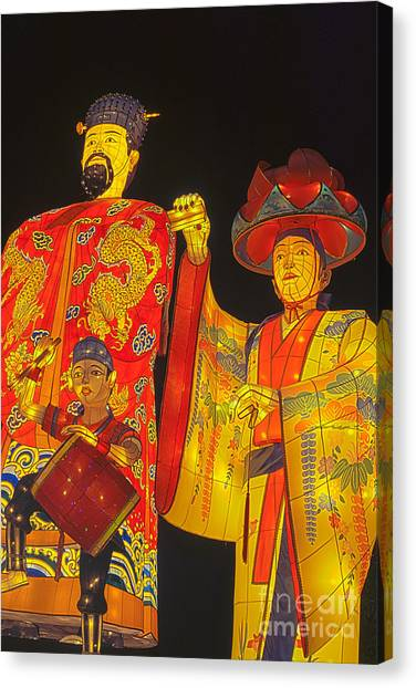 Japanese Lanterns King And His Dancers Canvas Print