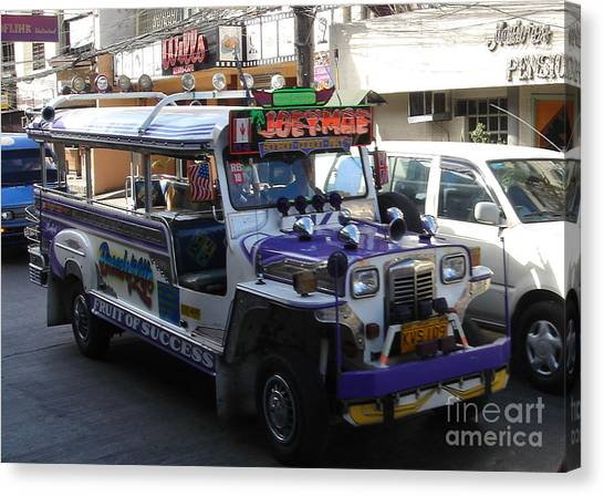 Jeepney 06 Canvas Print by Mike Holloway