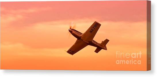 Jimmy Leeward And The Galloping Ghost Into The Sunset Canvas Print