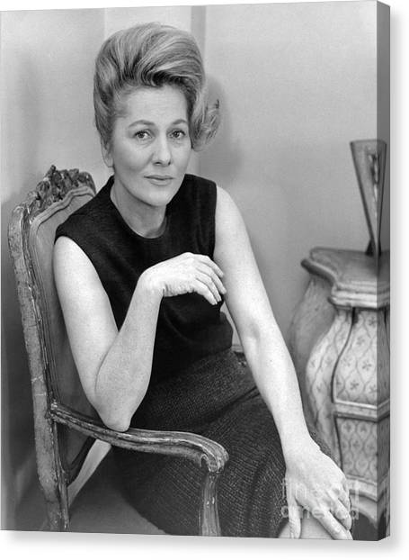 Joan Fontaine Heads Cast Of The Unexpected Guest, An Agatha Christie Mystery For Broadway. 1962 Canvas Print by William Jacobellis