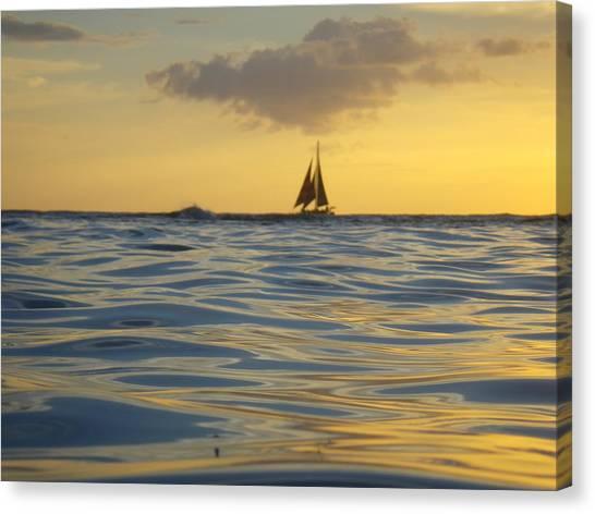 Kaimana Golden Sunset Canvas Print by Erika Swartzkopf
