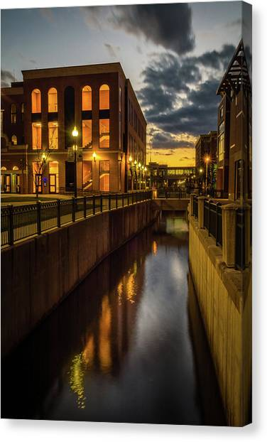Kalamazoo Valley Community College Canvas Print