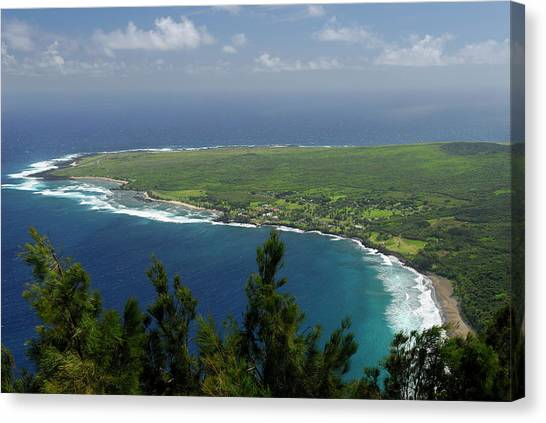 Kalaupapa Cliffs Canvas Print - Kalaupapa Leper Colony On Molokai From The Cliff Edge Overlook by Reimar Gaertner