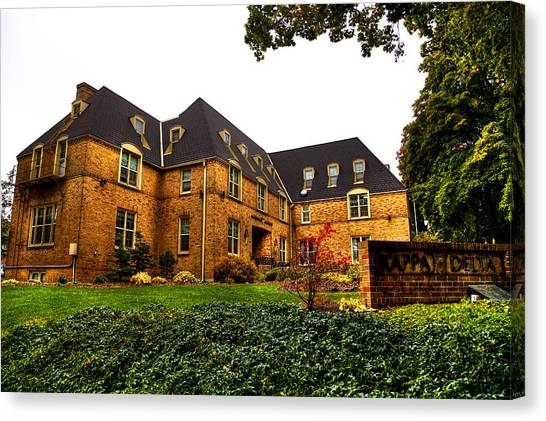 Kappa Delta Canvas Print - Kappa Delta Sorority On The Washington State Campus by David Patterson