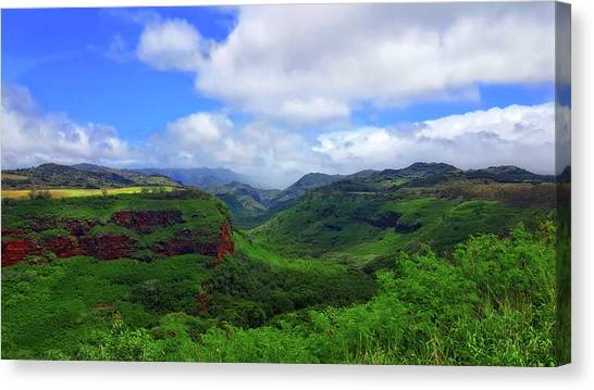 Kauai Mountains Canvas Print