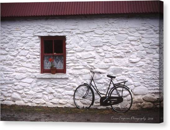 Kilarney  Ireland Canvas Print by Ernie Ferguson