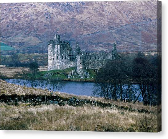 Kilchurn Castle, Scotland Canvas Print