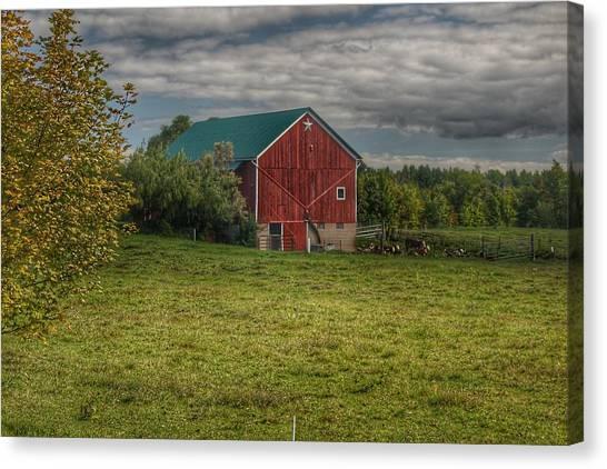 0039 - Kingston's Plain Road Cow Barn I Canvas Print